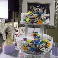 Theme : Hawaiian Colors Traditional 2 Tier cake
