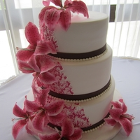 Stargazer Lilies   The bride ordered matching cakes for her and her new stepdaughter