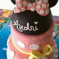 Minnie Mouse Birthday Cake I was inspired by a red/black Minnie Mouse cake I saw on this site and I automatically knew it would be perfect for this little girl's...