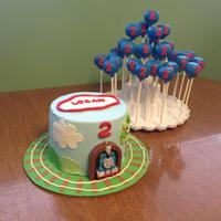 Thomas Cake And Cake Pops   Thomas cake and cake pops