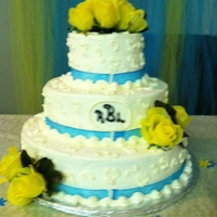 Malibu Blue And Yellow Rose Wedding This is my first wedding cake