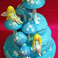 Midnight Fairies:) Another cake i made from Debbie's Brown book:)