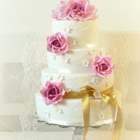 Pink Roses Amp Gold Ribbon   Pink roses & gold ribbon