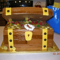 Treasure Chest Cake Treasure chest cake for kid's bday party