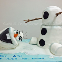 Frozen Olaf This is a sculpted 3D Olaf cake - the customer came to me with an image to replicate but unfortunately I dont know who the original cake...