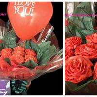Valentines Day Cupcake Bouquet piped buttercream roses cupcake bouquet