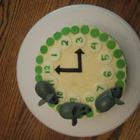 Hickory Dickory Dock Clock Cake 2 Buttercream with fondant mice and details