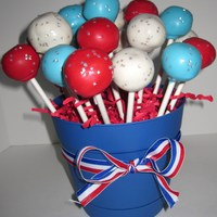Independence Day Cake Pops I was excited to use the edible star sprinkles!! Aren't they fun!