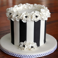 Elegant Floral Black And White Blossom Cake