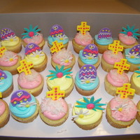 Easter Cupcakes All decorations are MMF that I let harden for a few days.