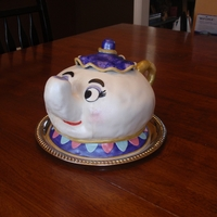 Mrs. Potts Cake This is my version of Mrs. Potts from Beauty and the Beast!