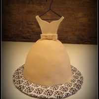 Bridesmaid Dress Cake   Champagne-colored fondant and detailsPink champagne cake
