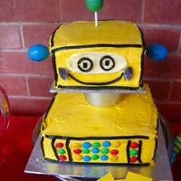 Robot Cake My son LOVES robots so, for his 5th birthday I tried my hand at my first 3D cake. It was a hit!! :D