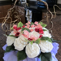Fundraiser Bouquet I did this cupcake bouquet for a fundraiser