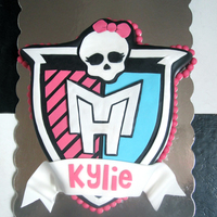 Kylie Cake For a 7-year-old's birthday. Monster High theme. By Sarah. EatItCakes.blogspot.com