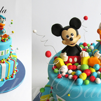 Mickey Mouse Donald Duck Cake