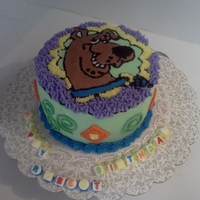 "Scoopy Doo 6"" cake scoopy doo and buttercream icing yellow cake with lemon filling"