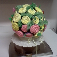 Cupcakes Bouquet white with strawberry filling and chocolate rum cupcakes with butter cream icing