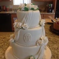 Ivory Wedding Cake With Roses