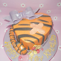 Heart Shaped Tigger Cake Made For A Very Special Little Girl On The 1St Anniversary Of Major Heart Sugary Which She Had A 10 Days Old Sh Heart shaped 'Tigger' cake. Made for a very special little girl on the 1st anniversary of major heart sugary which she had a 10...