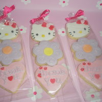 'hello Kitty' Cookie Party Favours Vanilla NFSC for a liitle girl's 3rd birthday party. Made to match the 'Hello Kitty cupcakes x