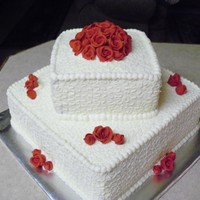 Elegant And Simple Wedding Cake With Wilton Roses