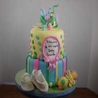 Baby Shower This was based on a cake by Stephanie Campbell - Cake Fixation, the client requested. It's not an exact copy but the design is close....
