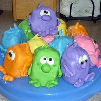 Mini Monsters This cake idea was from Debbie Brown's 50 Easy Party Cakes. They were so fun to create!
