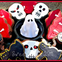 Are You Scared Yet? Lol Some recent Halloween cookies I made for an event at my son's school. The cookies are made with Lila Loa's delicious chocolate...
