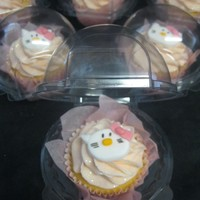 Individual Hello Kitty Cupcakes