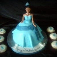 Princess Tiana - Blue Dress This is the blue dress version of a cake I did last year, just as much fun as the lilipad dress :)