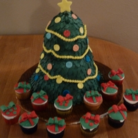 Christmas Tree And Cupcake Presents