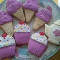 Icecreams And Cupcakes Cookies