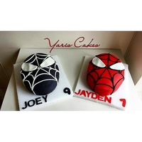 Spiderman Head Cakes Spiderman head cakes