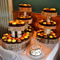 This Is The Final Outcome Of The Cake And The Cupcakes I Made To Match The Client Made The Beautiful Stand That Pulled The Gorgeous Rustic... This is the final outcome of the cake and the cupcakes I made to match. The client made the beautiful stand that pulled the gorgeous rustic...