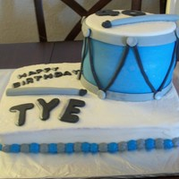 Drum Cake Buttercream with Fondant decorations
