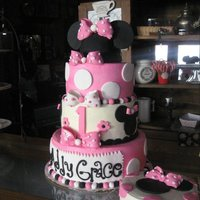 More Minnie Minnie Mouse and Smash cake, Buttercream with Fondant