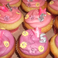Princess Cupcakes These cupcakes were done for a birthday girl that was turing 5 who is all about princess