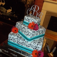 Daisy Wedding Gerber Daisy wedding cake