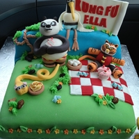 Kung Fu Panda Made for my daughter's 4th birthday. Characters inspired by the movie and a CoMeLiCiOuS cake.