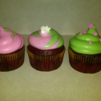 Pink And Green Red Velvet Cupcakes These are red velvet with cream cheese icing died pink and green for a teenage girl. Her favorite colors.