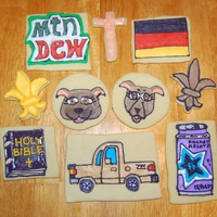 Additional Birthday Cookies - Travis' Favorite Things These are some additional cookies my brother requested for his birthday. They are just a couple of his favorite things. Please be kind...