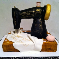 Vintage Sewing Machine Cake Vintage Sewing Machine Cake