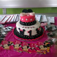 Minnie Mouse My daughter 1st Birthday Cake!!!