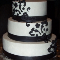 Demask Wedding Cake   small 3 tier 10,8, and 6