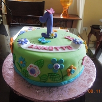 Flowers And Butterflies I loved making this cake, little girls inspire me, and this was for the cutest baby girl ever! vanilla/almond cake with dulce de leche...