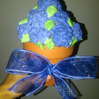 My First Cupcake Bouquet  This was a cupcake bouquet I made over the weekend for my sisters going away party. It was my first time attempting to make a cupcake...