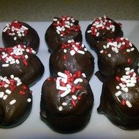 Dark Chocolate Cake Balls With Baileys & Sprinkles Made these cake balls for mothers day :) Very delicious