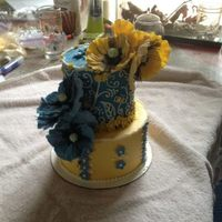 Blue And Yellow Poppies Cake *