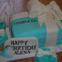 Tiffany Box Cake With Matching Cupcakes snickerdoodle falvored cake with honey cinnamon buttercream for both my first fondant cake